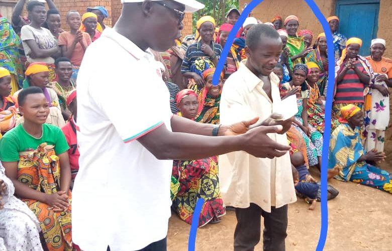 87 CNL entrent au CNDD-FDD en colline RUSUNU, MUSONGATI, RUTANA/Burundi