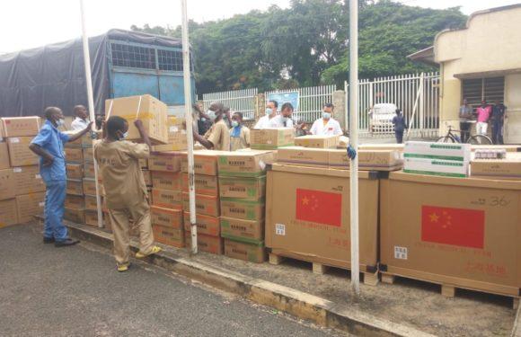 La Chine fait un don d'un kit médical de 400.000 USD au Burundi