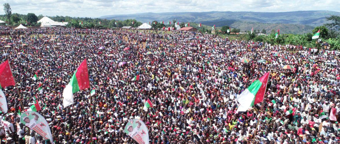 Campagne Elections 2020  – 16ème jour : 100.000 citoyens venus voir le CNDD-FDD à RUMONGE / BURUNDI