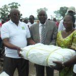 La BANCOBU assiste les victimes des inondations de Gatumba
