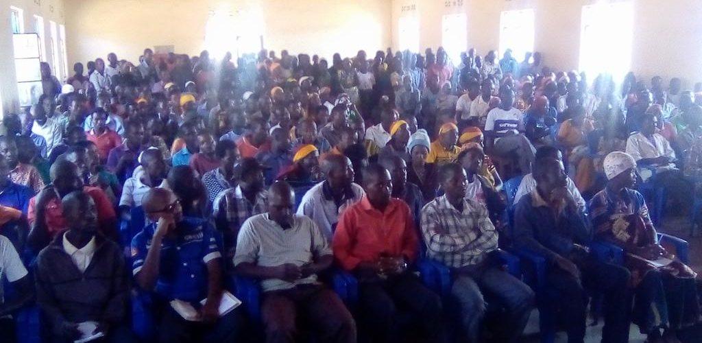 Le CNDD-FDD GISURU échange avec les COOPERATIVES SANGWE locales, RUYIGI / BURUNDI