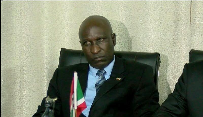 Verbatim/Le ministre Ndirakobuca parle cash