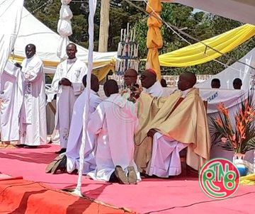 Rutana: Ordination sacerdotale et diaconale
