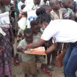 Les enfants de la famille présidentielle au secours des victimes des inondations de Gatumba