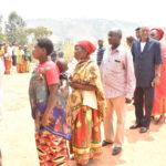 COLLINAIRES 2020 - NDABIRABE vote chez lui en colline RUVUMU, commune MATONGO, KAYANZA / BURUNDI
