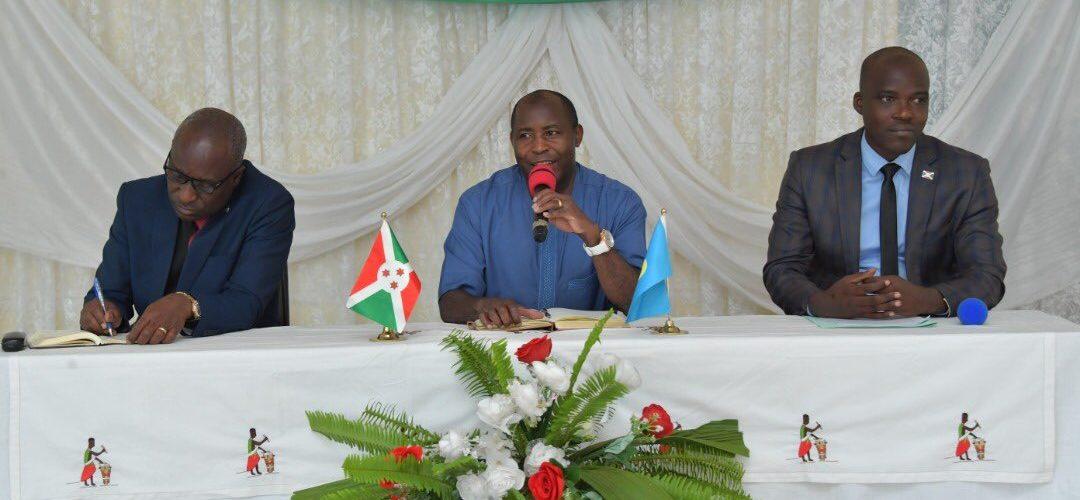 Le Président échange sur le socio-économique concernant MUYINGA / BURUNDI