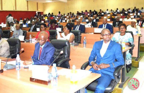 A N: première session des députés nouvellement élus