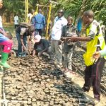 TRAVAUX DE DEVELOPPEMENT COMMUNAUTAIRE - Planter des arbres sur la colline MUSENYI, en commune MPANDA, BUBANZA / BURUNDI