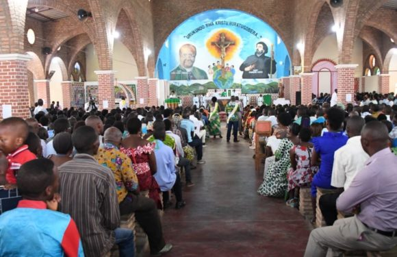 La Propagande Coloniale véhiculée par  l' Eglise Saint Guido Maria Confort de BUJUMBURA / BURUNDI