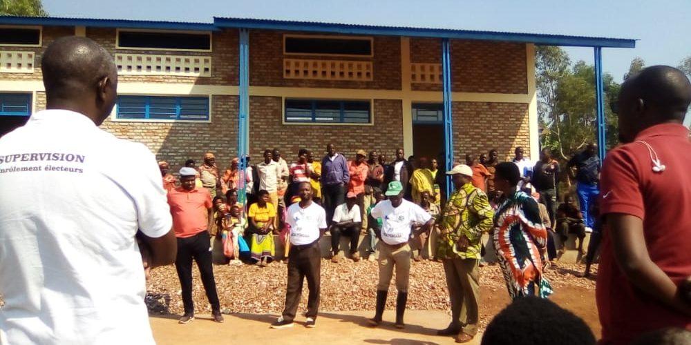 Visite de 2 hangars de stockage à KARUSI / BURUNDI