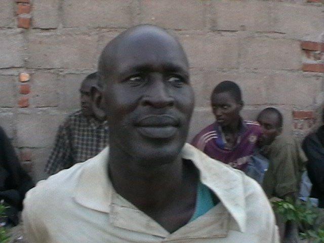 Capitaine NDUWUMUKAMA Philibert, alias KIWI. C'est l'homme qui a étranglé le Président du Burundi, Feu Melchior NDADAYE, dans la nuit fatidique du 21 octobre 1993. ( Source : nyabusorongo.org )