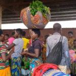 Mme HATUNGIMANA, maraîchère et commerçante à MAKAMBA / BURUNDI