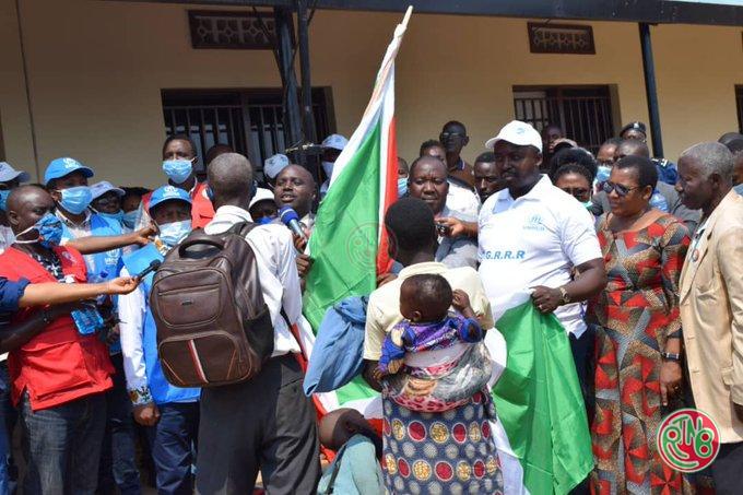 Le Burundi accueille un 2è convoi de rapatriés en provenance du Rwanda