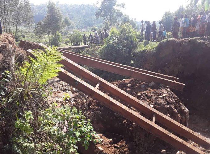 TRAVAUX DE DEVELOPPEMENT COMMUNAUTAIRE – Réhabilitation du pont reliant BUKEYE à MBUYE sur la rivière COGO, MURAMVYA / BURUNDI