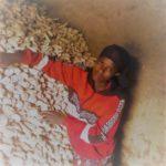 Des cultivateurs heureux, bénéficiant du PRO-ACT I à BUKEMBA, RUTANA / BURUNDI