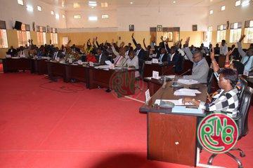 Le sénat adopte le projet de loi portant révision du code du travail