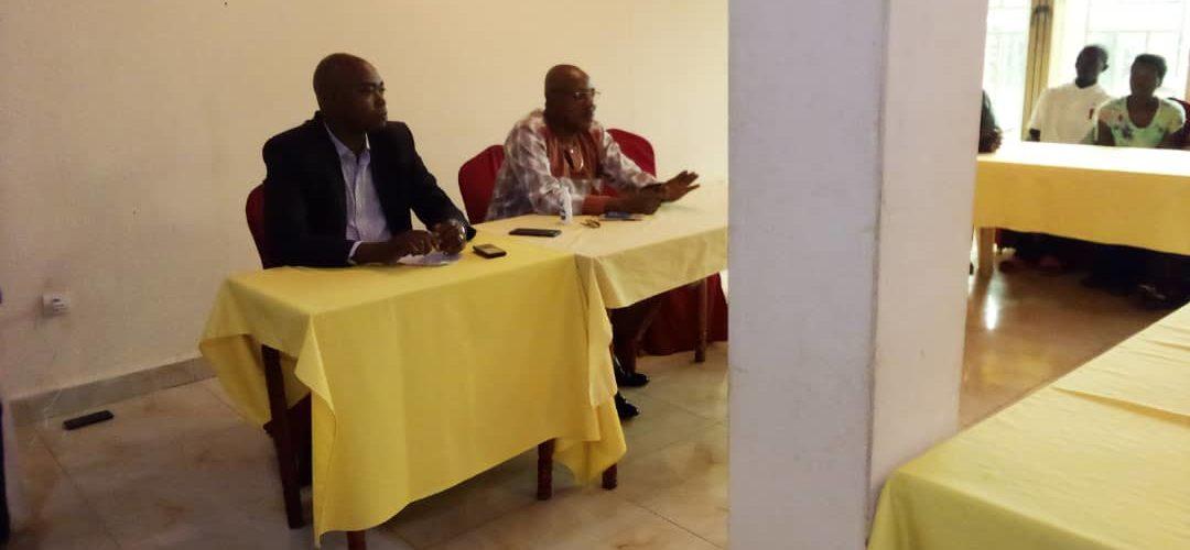 Le FNL en réunion à GITEGA / BURUNDI