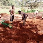BURUNDI : TRAVAUX DE DÉVELOPPEMENT COMMUNAUTAIRE - Entretien de la route menant en colline TEMA à BUKIRASAZI / GITEGA