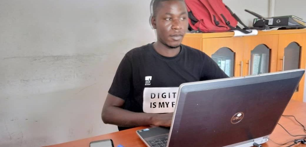 BURUNDI : MediaBox Digital –  NDAYISHIMIYE Didace, jeune informaticien de CANKUZO