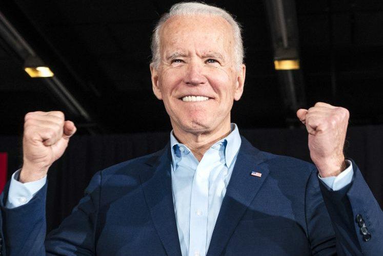 Joe Biden remporte l'élection avec 279 grands électeurs pour l'instant, Donald Trump 214