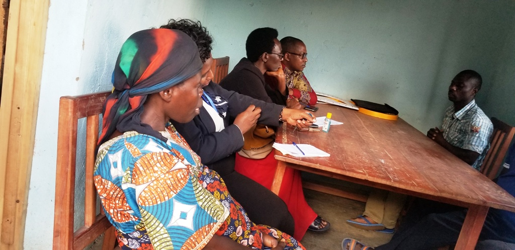 BURUNDI : L'équipe chargé de l'enfance de la CNIDH à NYABIRABA / BUJUMBURA