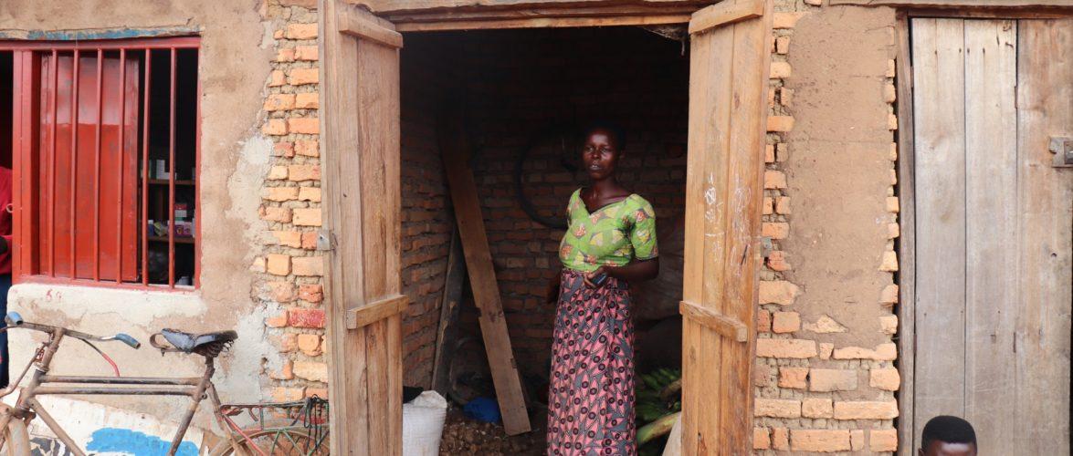 BURUNDI : Une commerçante de semences agricoles à GASASA, BUTAGANZWA / RUYIGI