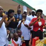 BURUNDI : Noël - La 1ère Dame visite des enfants aveugles et malvoyants à KABEZI / BUJUMBURA