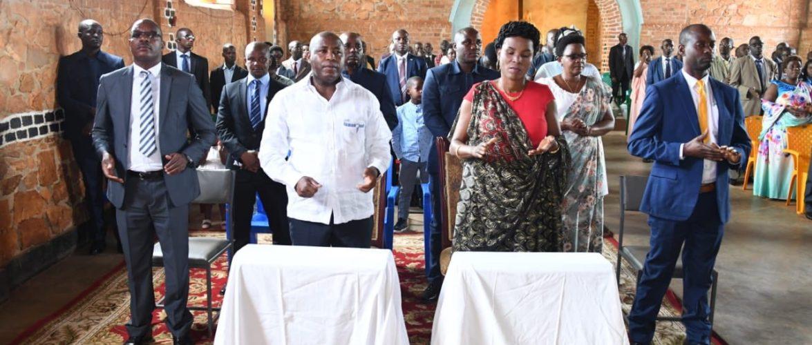 BURUNDI : La famille présidentielle à la paroisse de KIGANDA, MURAMVYA