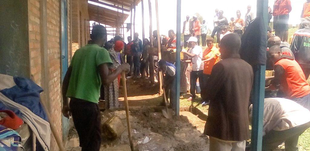 BURUNDI : TRAVAUX DE DÉVELOPPEMENT COMMUNAUTAIRE – Restaurer le préau du Lycée communale de SHOMBO / MURAMVYA
