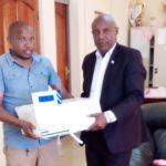 BURUNDI : Fondation STAMM - Don de registres d'enregistrement des naissances / NGOZI