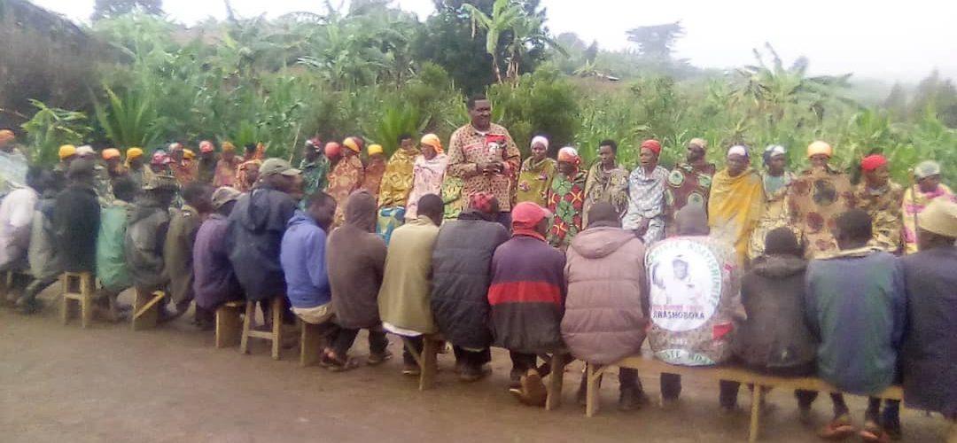 BURUNDI : CNDD-FDD – Concertation entre BAGUMYABANGA en colline KIGA / MWARO