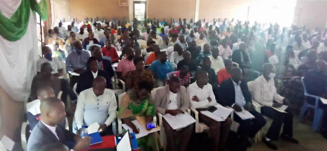 BURUNDI : Débat sur la politique éducative des Barundi à ISARE / BUJUMBURA