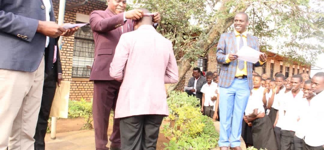 BURUNDI : 5 élèves et 7 enseignants du lycée KAYANZA primés