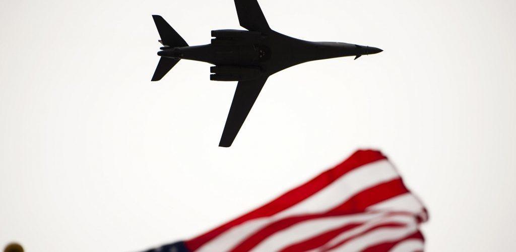 Guerre de l'Arctique: les USA envoient des bombardiers en Norvège, du jamais vu