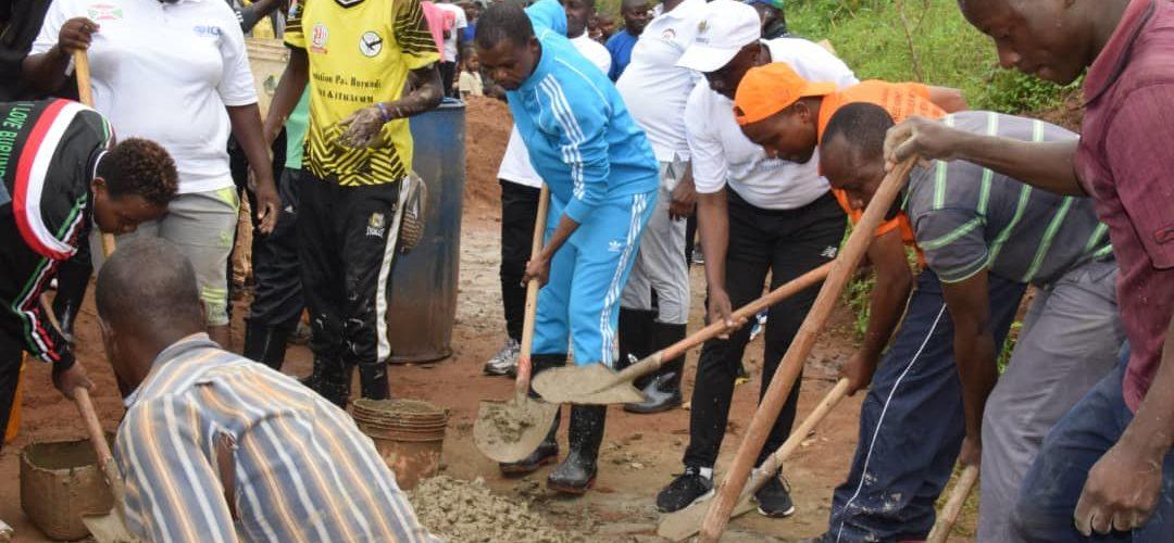 BURUNDI : TRAVAUX DE DEVELOPPEMENT COMMUNAUTAIRE – Construire le bureau de chef collinaire de NYAMBUYE à ISARE / BUJUMBURA