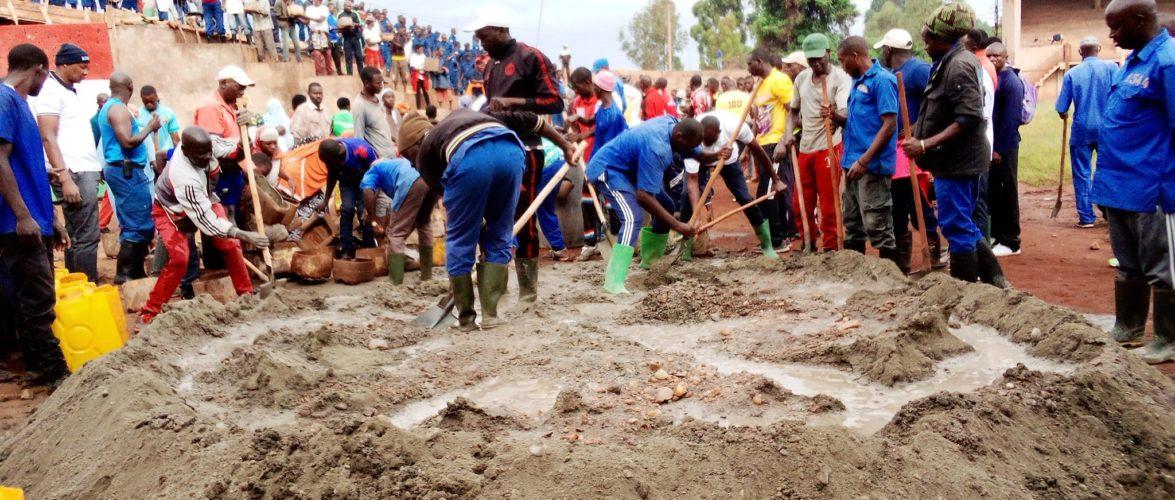 BURUNDI : TRAVAUX DE DEVELOPPEMENT COMMUNAUTAIRE – Bâtir le STADE SPORTIF AGASAKA / NGOZI