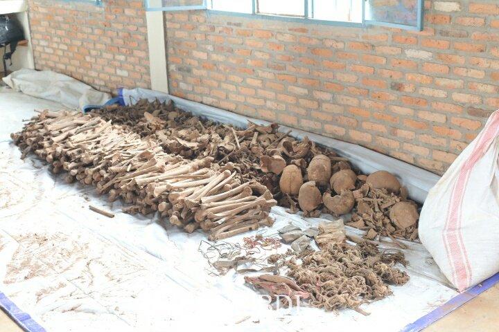 GENOCIDE CONTRE LES HUTU DU BURUNDI EN 1972 / CVR : 253 corps exhumés sur la colline MUGOZI à BURURI