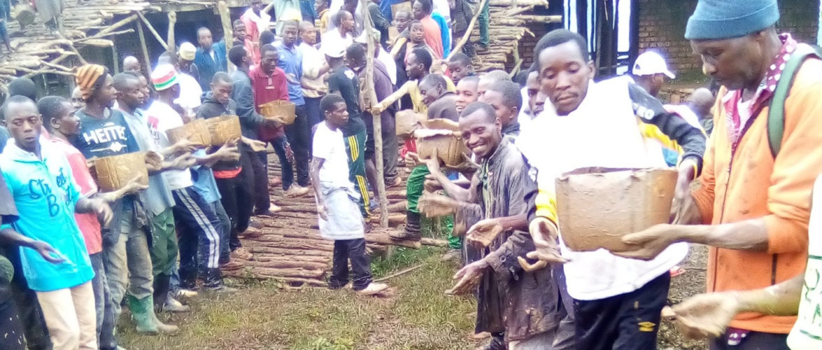 BURUNDI : TRAVAUX DE DEVELOPPEMENT COMMUNAUTAIRE – Bâtir LE STADE SPORTIF DE KARUSI