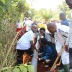 BURUNDI : TRAVAUX DE DEVELOPPEMENT COMMUNAUTAIRE – Mettre des tuyaux de conduite d'eau à RUGOMBO / CIBITOKE