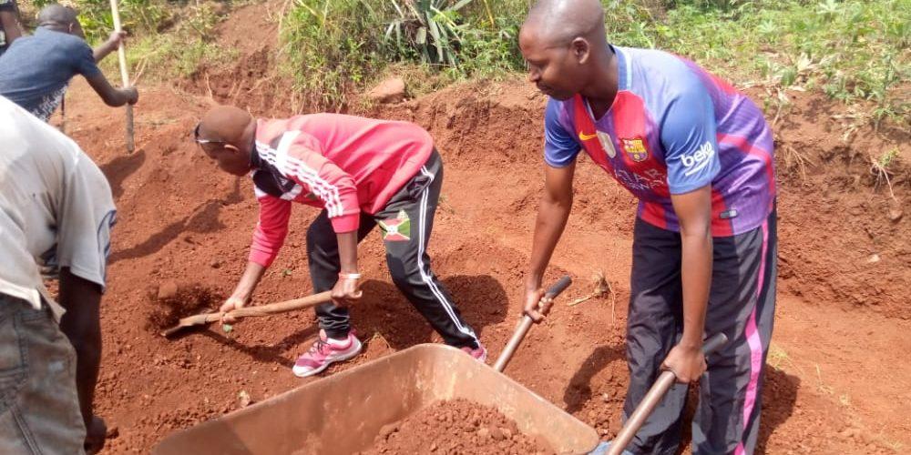 BURUNDI : TRAVAUX DE DEVELOPPEMENT COMMUNAUTAIRE – Réhabiliter la piste secondaire de la colline KINANIRA / MUYINGA