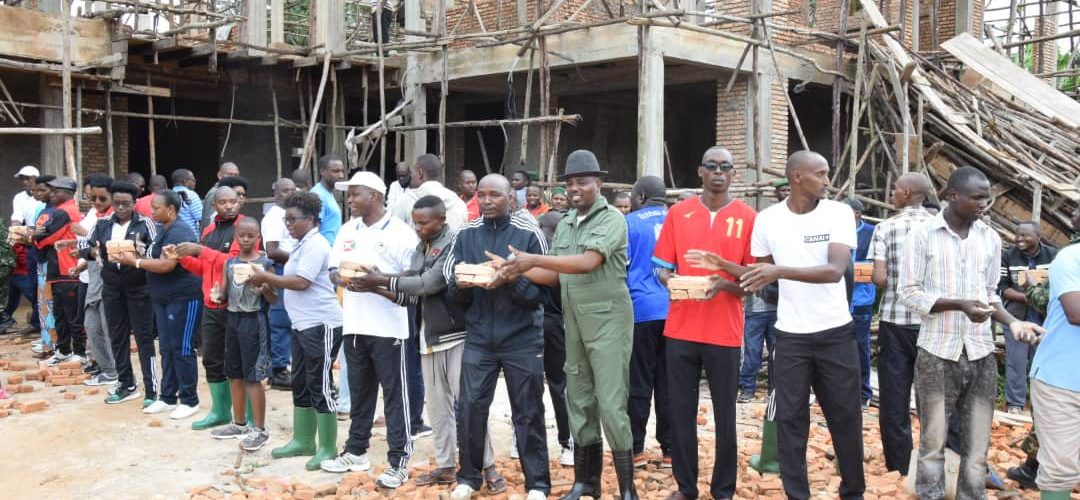 BURUNDI : TRAVAUX DE DEVELOPPEMENT COMMUNAUTAIRE – Bâtir le bureau provincial de RUYIGI