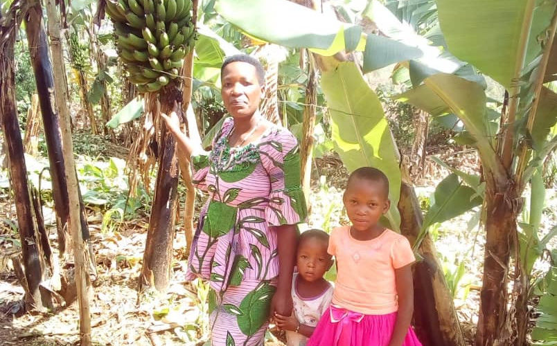 BURUNDI : Une cultivatrice a doublé sa production agricole à BURAZA / GITEGA