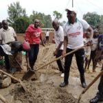 BURUNDI : TRAVAUX DE DEVELOPPEMENT COMMUNAUTAIRE - Un futur STADE SPORTIF à BENGA et un GÎTE à RUSHUBI / BUJUMBURA