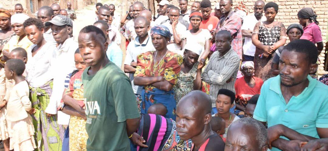 BURUNDI : Rencontres débats sur terrain en colline NYAMBUYE à ISARE / BUJUMBURA