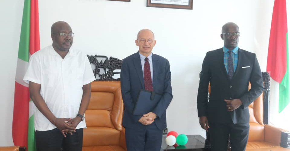 BURUNDI : L'UNION EUROPEENNE approche le CNDD-FDD, formation PANAFRICAINE
