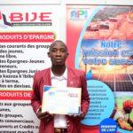BURUNDI : Un jeune fabricant de craies et de savons à MUYINGA primé par l'API