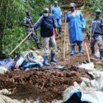 GENOCIDE CONTRE LES HUTU DU BURUNDI EN 1972 : Visite de 2 fosses communes à la rivière SIGUVYAYE / BURURI