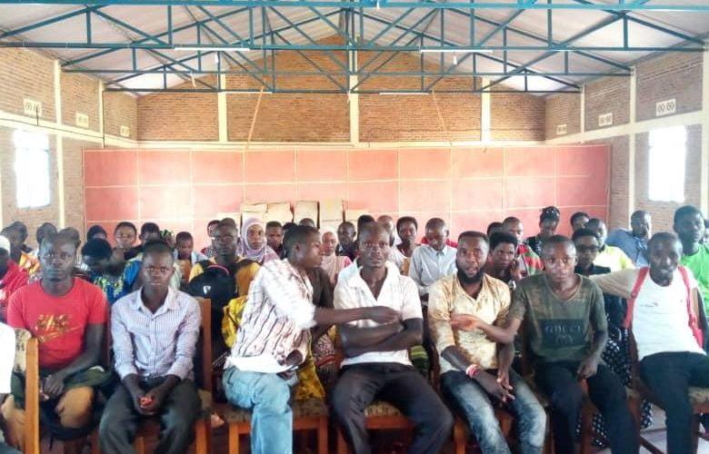 BURUNDI : Réunion d'évaluation avec les percepteurs de taxes communales / MAKAMBA
