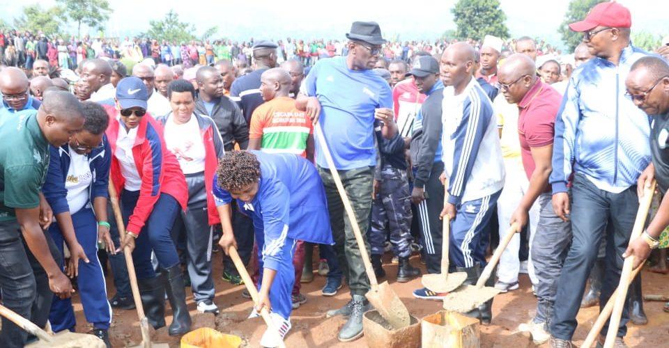 BURUNDI : TRAVAUX DE DEVELOPPEMENT COMMUNAUTAIRE – Construire LE STADE PROVINCIAL DE KIRUNDO à BUSONI