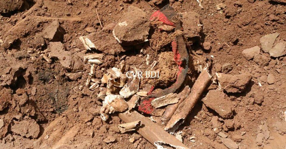 GENOCIDE CONTRE LES HUTU DU BURUNDI EN 1972 : Découverte d'une fosse commune de 1973 à BUSONI / KIRUNDO